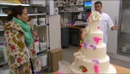 Wedding cakes (2/3)